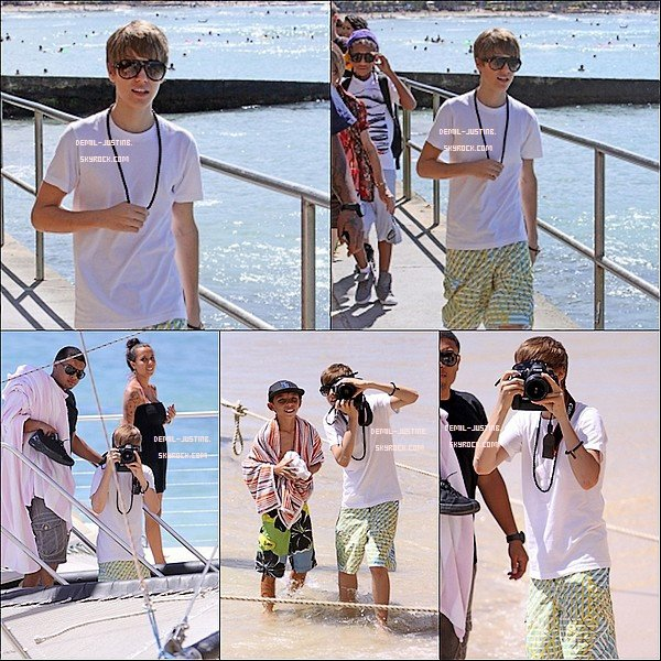 09.10.10 - Justin a été sur la plage de Hawai - 16.06.10 - Demi a été vu faire du Jet-Ski sur la plage du Mexique.