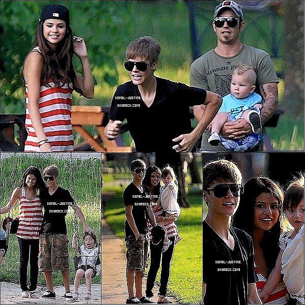 01.06.11 - Justin & Selena à Toronto avec le père de Justin , Jazmyn, Jaxson au parc - 30.05.11 - Photos de Jelena avec leurs amis au Texas - Trois nouvelles photos de Demi de Via Twitter.