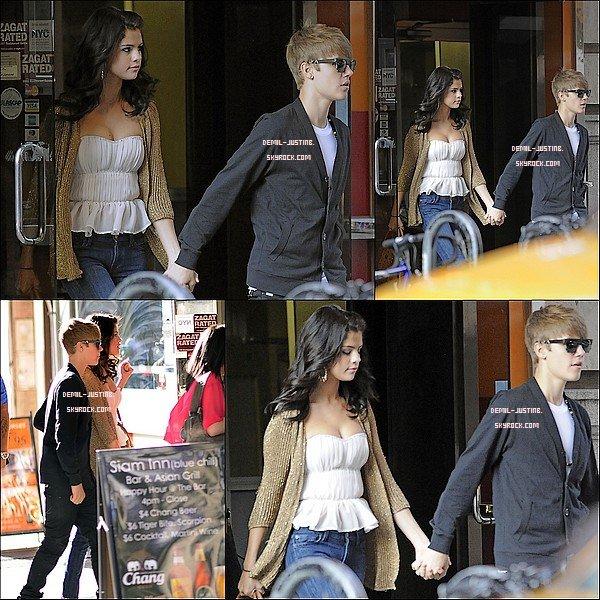30.06.11 - Justin & Selena vue sortant d'un restaurant de NYC - Le meme jour Demi a passé la soirée en se dégisant avec ses amies,Marissa,Hannah & Joyce.