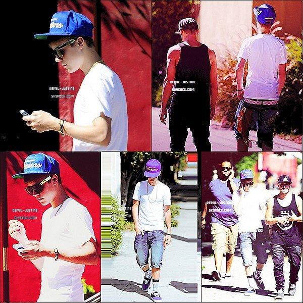 30.08.11 - Justin a été vue en ce promenant dans les rues de LA avec Kenny & un Danseur+ Justin a posté deux photos sur son Instagram - Le meme jour,Demi fesait des courses à Sherman Oaks, CA avec une amie.Top ou Flop ?