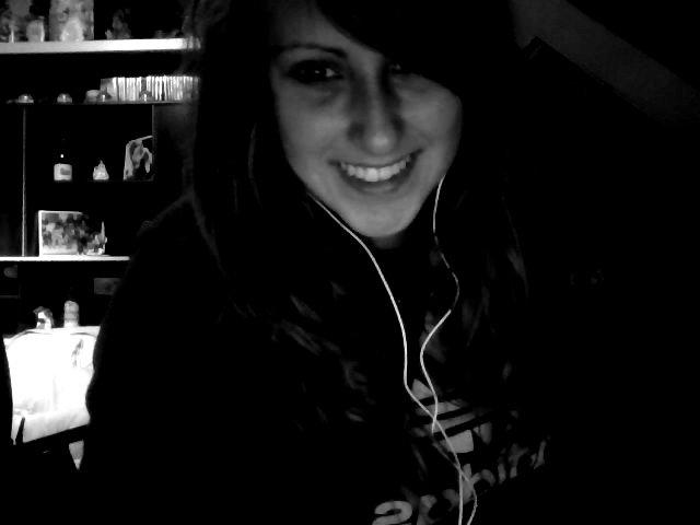 Un jour j'irais mieux. Je serais de nouveau heureuse, comme dans le bon vieux temps.