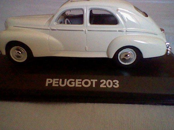 N° 3 : Peugeot 203