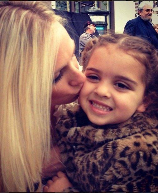 Brooke Brinson Loves Portia Umansky