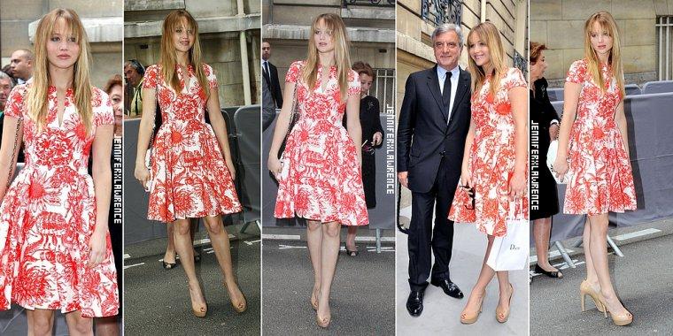-02 JUIL- Jennifer a assisté au Dior Fashion show, à Paris. ... 2012... • Elle portais notamment une robe divine, la capitale de la mode oblige !