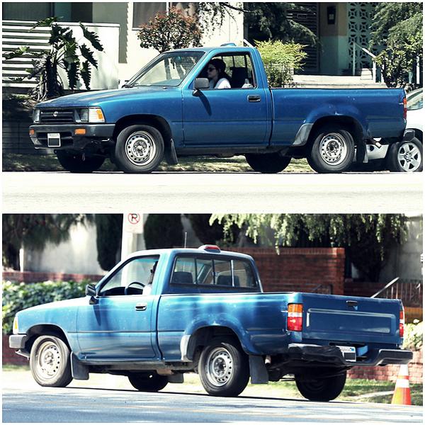 CANDID| 20/04/13 | Kristen à été aperçu conduisant.