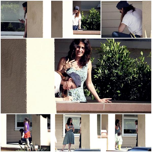 CANDID | 03/05/13 | Kristen a eu un léger accident de voiture à Los Angeles.