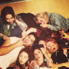 CANDID | 07/06/13 |Kristen et ses amis en soirée. A vous de la trouver ;)
