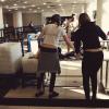 CANDID | 21/06/13 | Kristen à l'aéroport de Nashville.