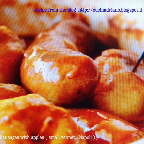 salsicce alle mele renette__Coda alla vaccinara _SALBIMBOCCA alla  ROMANA _ SOUP ASARAGI_ salmone con patate e olive nere _Kiwi  Pavlova_Zuppa di funghi  e  cipolle _Tapenade_Salsa di mele _Zuppa di baccalà dei pionieri _Pork balls in curry sauce _Cottage cheese scramble _Fettuccine ai fiori di zucca