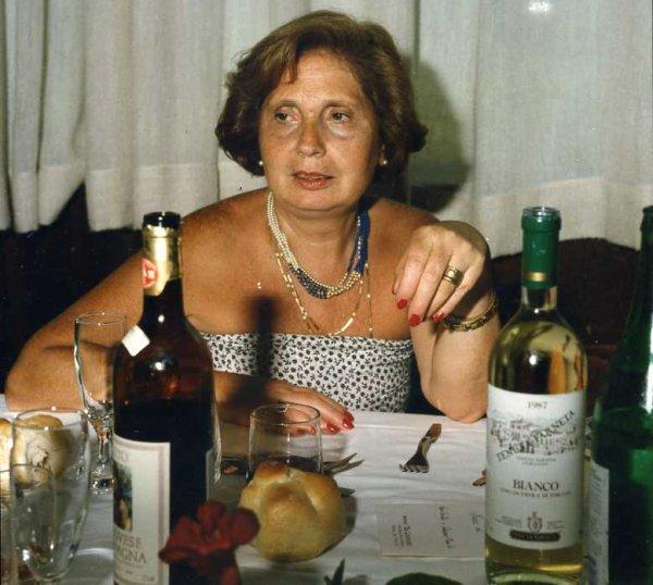 Salsa Quemada_Spaghetti alla chitarra_Lasagne cacate_Crème vinaigrette_ Linguine al vino rosso_Pappardelle con l'anatra _Lasagne ai frutti di mare _Lasagne alla napoletana _Empadào de carne moida_Mississipi mud  cake_Milanese a la napoletana _Coca-Cola + Babà au rum + cocktail Sex  peach + Clone of a Cinnabon + Grillhaxe +Merluzzo alla Livornese +Carrè marbrè au noix + Crèmeux aux framboises