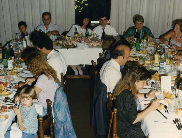 Trippa alla fiorentina_Tian_Guiso de Trigo_la ribollita_Sopes mallorquines _Pierna en enchilada para Navidad_ Mom's scones _Cassoulet _Bizcocho de fresa _Limoncello_ Jamaican papaya _Carrè foundant au chocolat et au gingembre _ Parmigiana di melanzane alla Napoletana _ Potage de Marteau _ Trenette with pesto alla genovese_Parmigiana di Melanzana_Mostacciolis Napolitains _ Petti d'anatra alla Siciliano_Neapolitanisch lasagne _Spaghetti alla carbonara _Drunken Noodles_ Clafoutis auc cerises