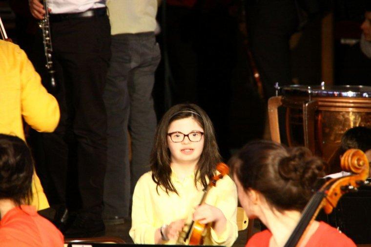 voila quelques photos du concert de ma petite fille jalna