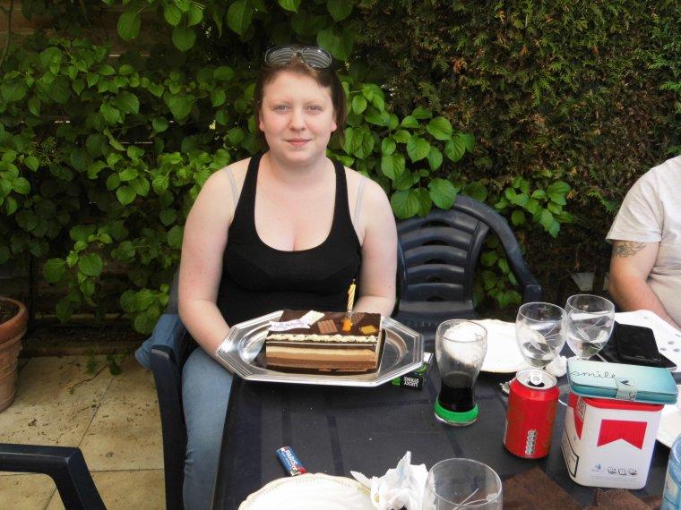 aujourd hui 6 mai barbecue en famille pour feter l anniversaire de maureen
