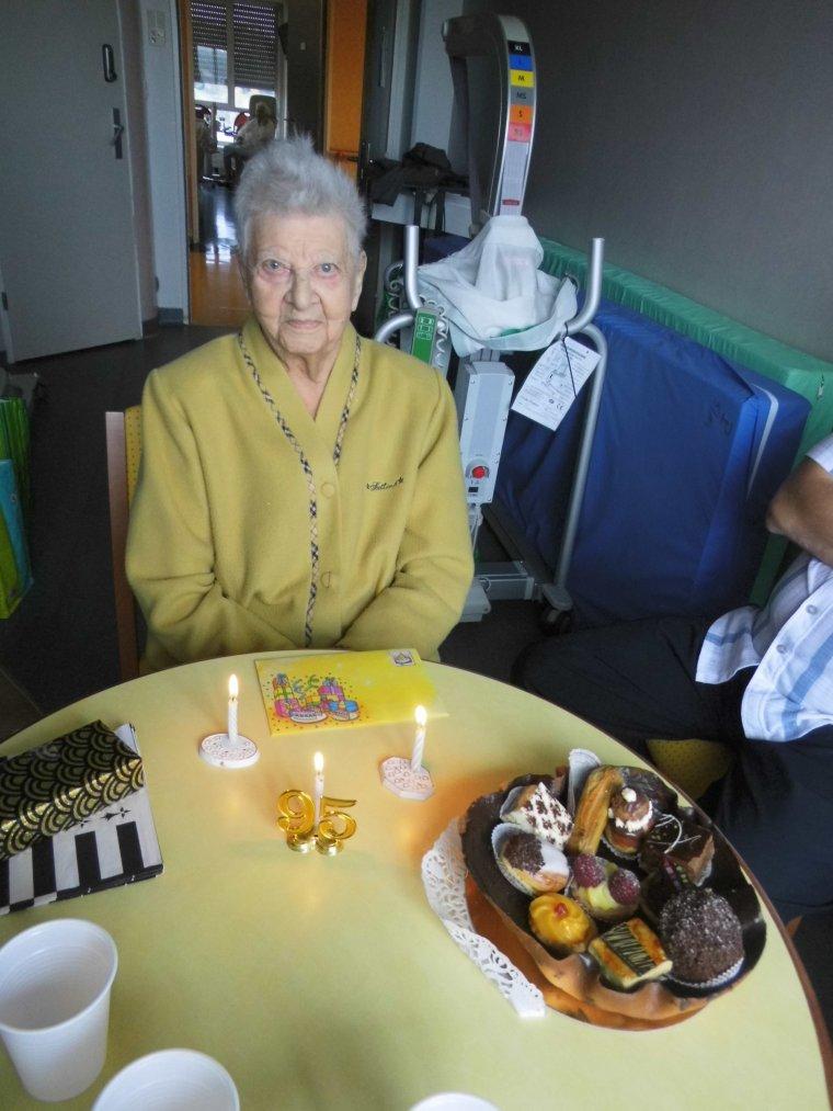voila quelques photos  de l anniversaire de belle maman a l hopital