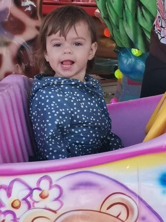 premier tour de manege de ma petite princesse angelina