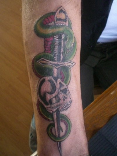 Roger Fan N 1 De Johnny Hallyday Donc Les Memes Tattoo Que Lui