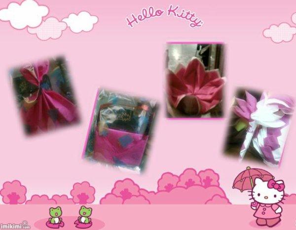 decoration et pliage pour un bapteme sur le thème de hello kitty
