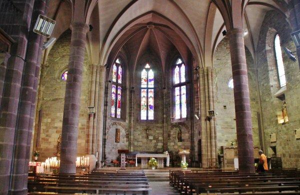 St Jean-Pied-de-Port ( 64220 )
