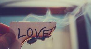 """~ ... """"L'amour a de la peine quand deux coeurs qui s'aiment ne se comprennent"""" ... ~"""