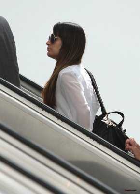 Lea Michele a L'aeroport 19juillet2012