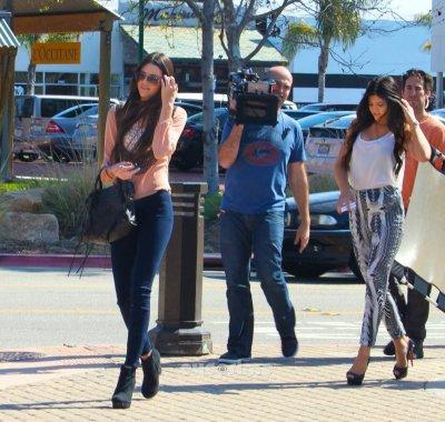 Kendall & Kylie à Malibu le 25 février c'est un gros TOP pour les deux soeurs !