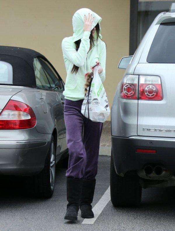 Kendall allant faire des course . Un GROS FLOP !