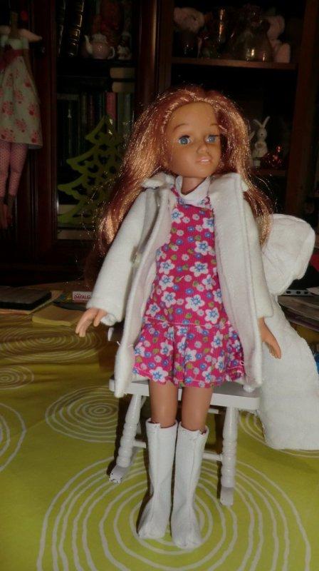 Vêtements confectionnés par Géraldine pour ma Martine qui était nue, l'autre Martine, en rose, ces vêtements sont d'origine ♥ 3/3