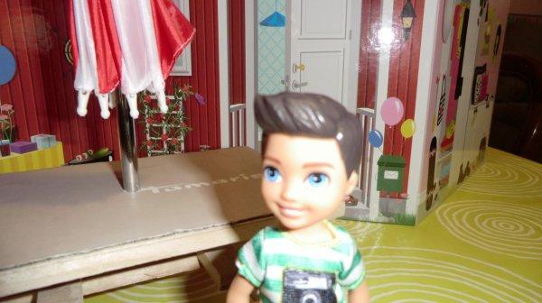 PETIT BOY DE BARBIE (MATTEL) offert par ma fille MARLENE ♥ 2/3