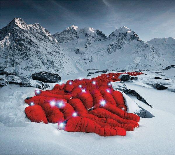 A l'occasion des 150 ans de la 1ère ascension du Matterhorn (Mont Cervin)....  1/2