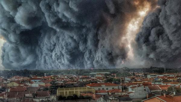 UNE PENSÉE POUR LES VICTIMES DES INCENDIES D'ESPAGNE & DU PORTUGAL