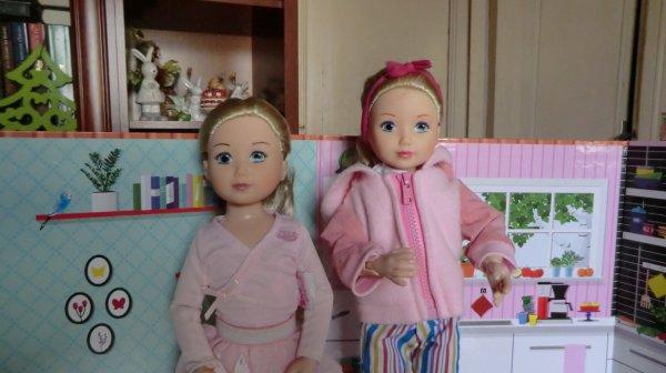 NOUVELLE POUPEE ZAPF CREATION - J'en ai à présent deux, la petite danseuse semble plus petite 2/2