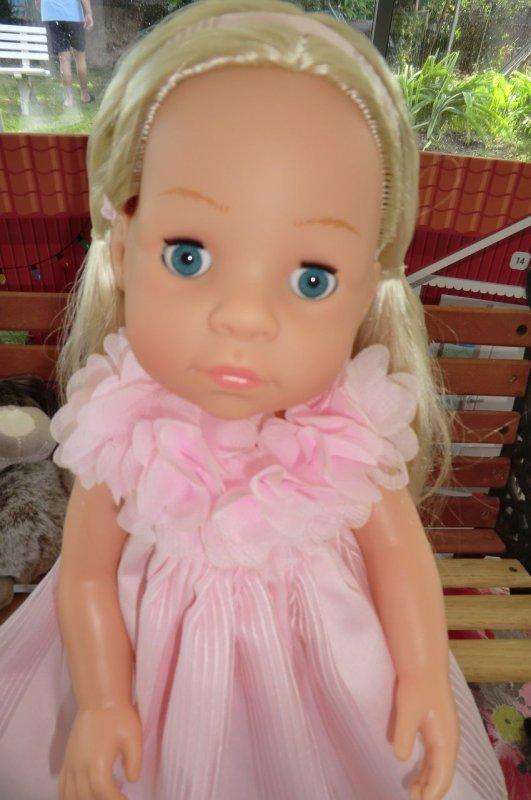 Ma superbe poupée Meimei, offerte par ma fille Marlène, qui est adorable comme sa poupée ♥ 2/2