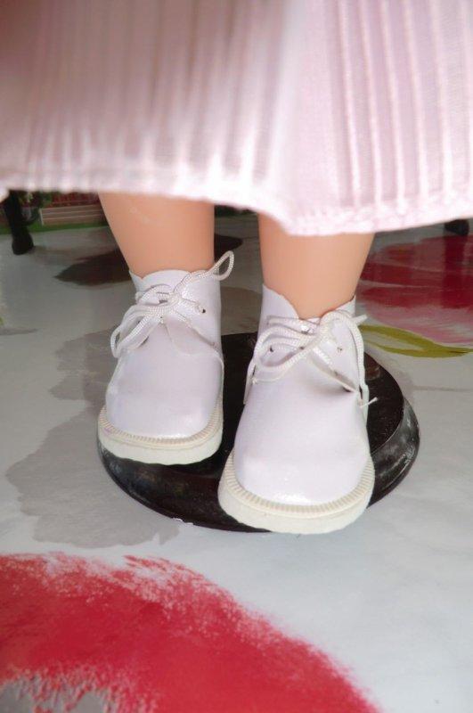 Ma superbe poupée Meimei, offerte par ma fille Marlène, qui est adorable comme sa poupée ♥ 1/2