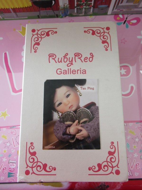 MA BELLE TEN PING DE RUBY RED ♥ 20 cm ♥ 4/4