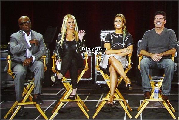 Interview de Britney  lors de la conférence télévision Critics Association .