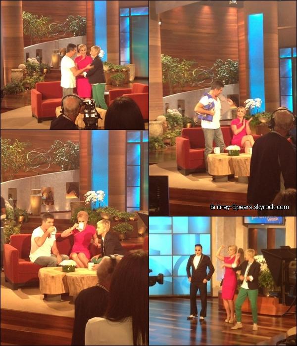 Le 10  Septembre 2012,       Britney faisant était  au Ellen Degeneres Show, pour promouvoir The X-factor .