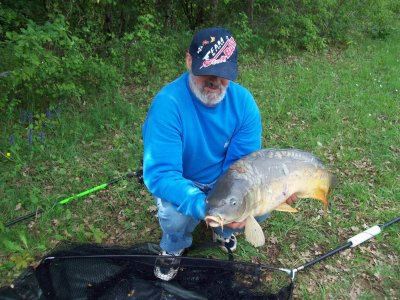 tres bonne journee du vedredi 29/04/2011 20 depards 12 poissons de(4,2 kgs A 11,8 kgs) pour 8 heures de peche