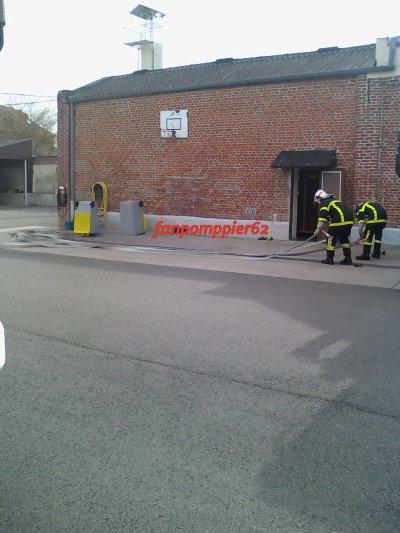 Man½uvre incendie a la caserne de Frévent