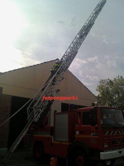 Man½uvre incendie a la caserne de Frévent (suite)