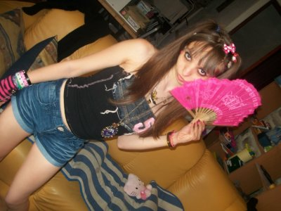 Moi  Alias  Hello Kitty    Princesse  Emo Mangas   ;)