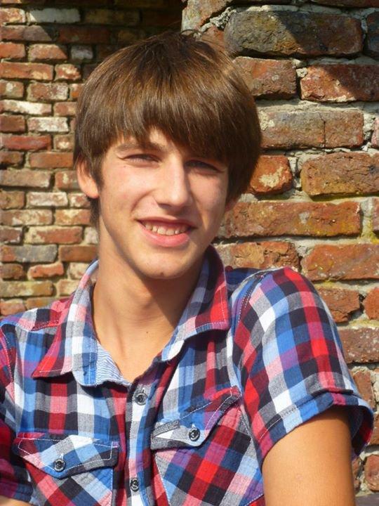 Roman  x)