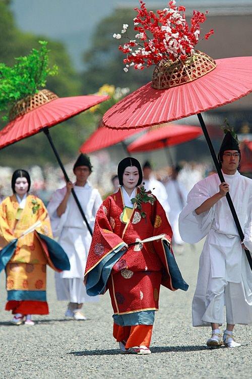 Culture japonaise En ère numérique: Sublimation Impression Pour Vêtement traditionnel KIMONO