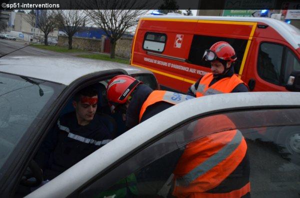 JEUDI 22 JANVIER 2015 - ACCIDENT GRAVE ENTRE DEUX VOITURES A FISMES