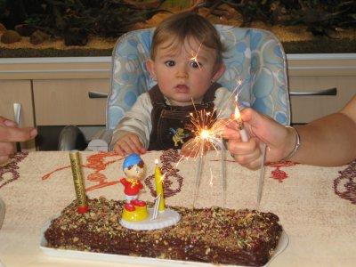 Mon titi à 1 an, houla sa passe trop vite!!!!!!