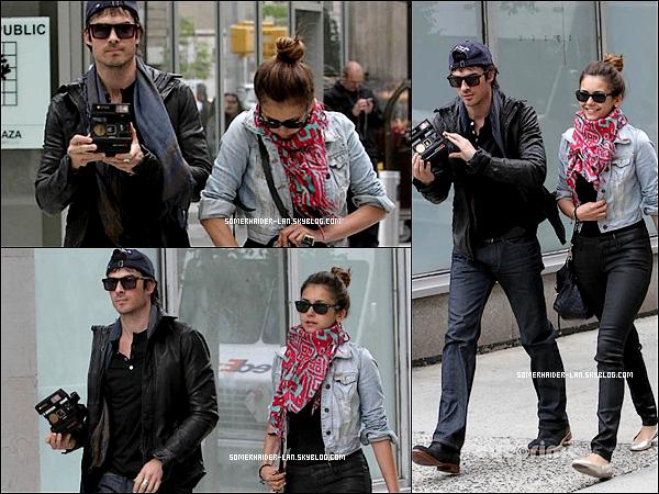 8 Mai 2012 : Ian était en compagnie de Nina, ils sortaient tous deux de l'hotel Trum ( New-York) . Ajoutes-moi à tes amis ♥ - ajoute-moi dans tes favoris ♥ - Newsletter ♥