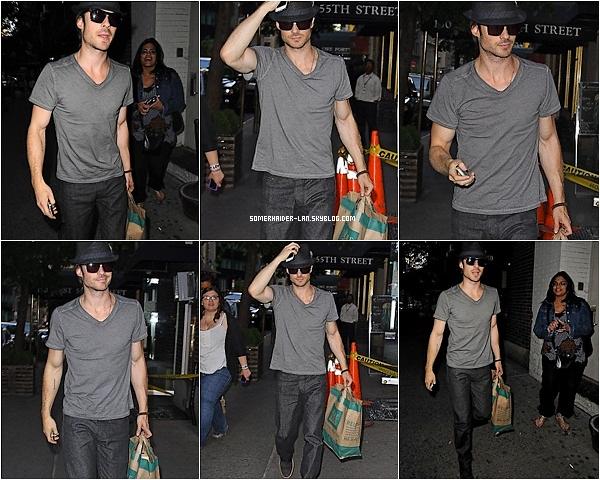 15 et 17 Mai 2012 : Ian sortait de l'hotel avec ses valises puis Ian faisait ses courses en ville . Ajoutes-moi à tes amis ♥ - ajoute-moi dans tes favoris ♥ - Newsletter ♥