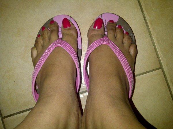 les jolie pieds d'une anonyme