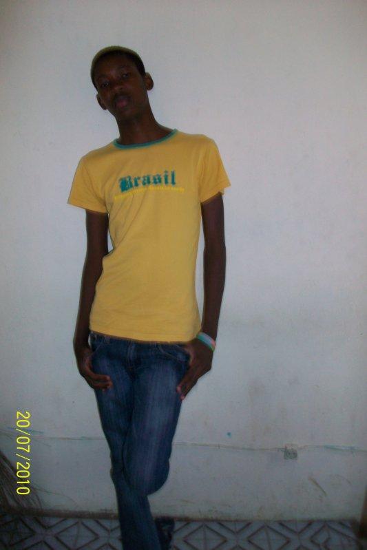 l@ye doll@rd le frere chocco de @hmed doll@d