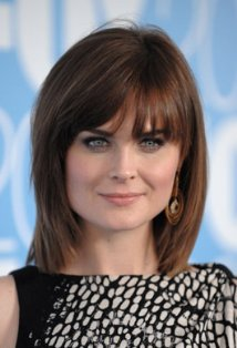 HAPPY BIRTHDAY EMILY DESCHANEL !!!!