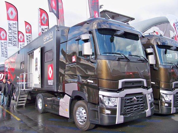 24h00 du mans camions 2013 camions passion 2. Black Bedroom Furniture Sets. Home Design Ideas